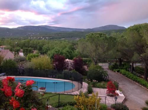 La Mounetière : Guest accommodation near Saint-Cézaire-sur-Siagne