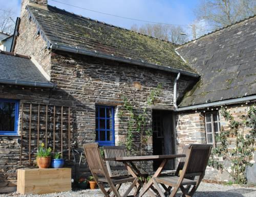 Ecogite-Breizh : Guest accommodation near Gouarec