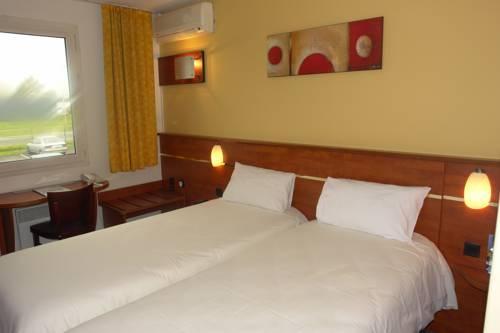 Brit Hotel Blois - Le Préma : Hotel near Saint-Claude-de-Diray