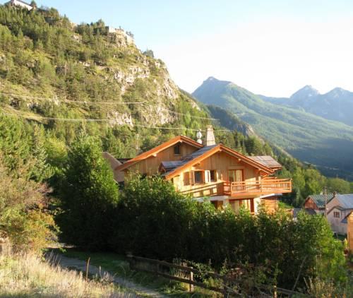 Chalet de l'Orceyrette : Apartment near Cervières