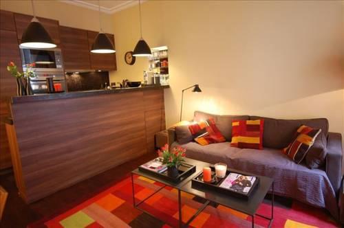 Beaune Appartement Michel : Apartment near Paris 7e Arrondissement