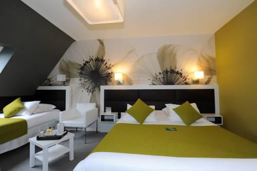 Quality La Marebaudiere Vannes Centre : Hotel near Vannes