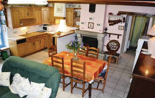 Holiday Home Riantec Rue De Kerner : Guest accommodation near Riantec