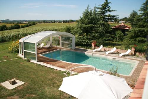 Les Fleurs du Parc : Bed and Breakfast near Mauvezin