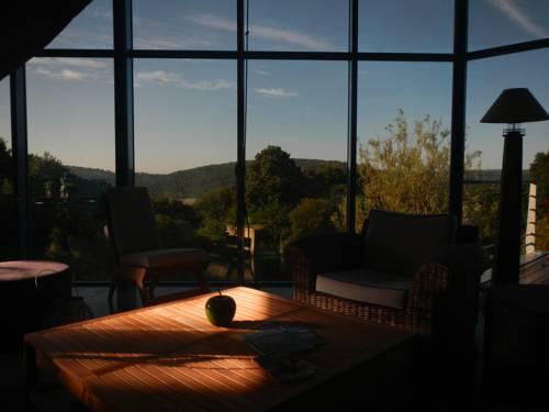 La Maison De Verre : Guest accommodation near Saint-Gelven