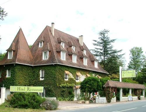 Hostellerie La Charmille : Hotel near Antonne-et-Trigonant