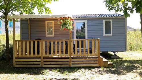 Camping de Nevers : Guest accommodation near Imphy