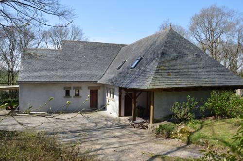 Maison de charme dans un environnement très calme : Guest accommodation near Le Cloître-Saint-Thégonnec