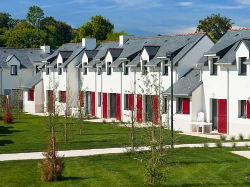 Lagrange vacances Val Queven : Guest accommodation near Quéven