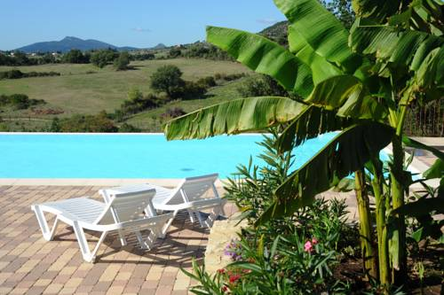 Domaine de Chadeyron : Guest accommodation near Lagorce