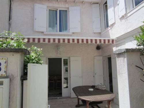 Hotel Begonias Saint Georges De Didonne