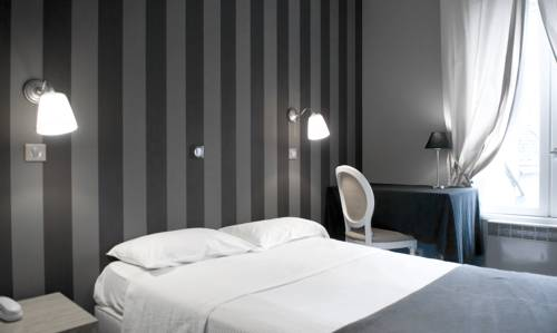 Hotel Du Theatre : Hotel near Tours