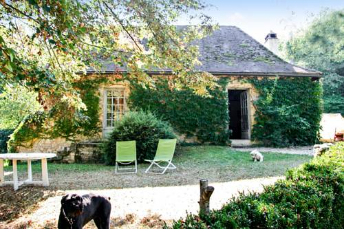 Holiday Home Sauveboeuf : Guest accommodation near Aubas