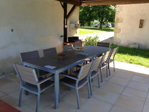 Holiday Home Lieu dit Le Bouzigot : Guest accommodation near Fleurance