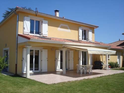 Clos des Erables : Guest accommodation near Massieux