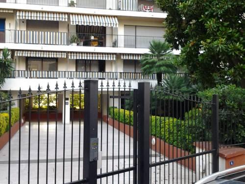Arènes : Apartment near Cannes