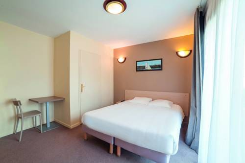 Zenitude Hôtel & Résidence - Magny-Les-Hameaux : Guest accommodation near Chevreuse