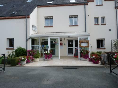 Hostellerie du Château : Hotel near Saint-Benoît-sur-Loire