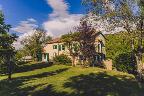 Maison sur un Ilot de Verdure : Guest accommodation near Fouillouse