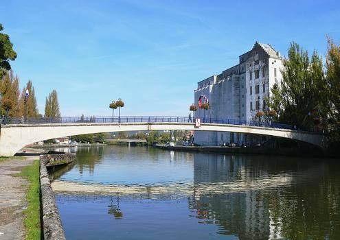 Résidence Champs Bouillant : Apartment near Soissons