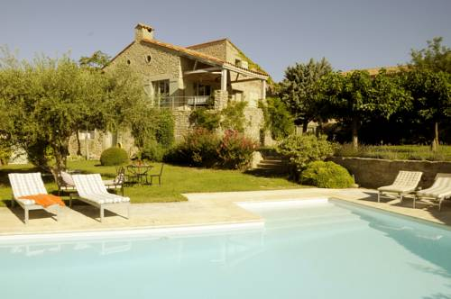Villa Les Oliviers : Guest accommodation near Azillanet
