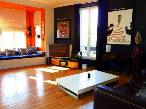 Simone : Apartment near Cannes