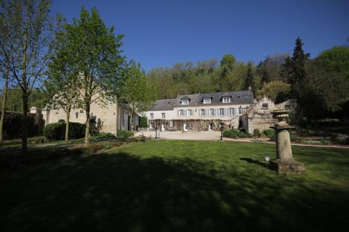 Domaine de Montaigu : Bed and Breakfast near Villemontoire