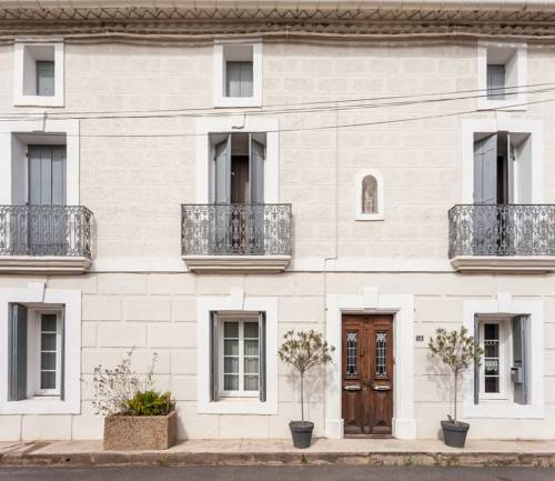 L'Oustal : Bed and Breakfast near Adissan