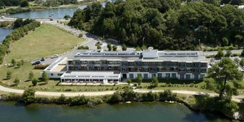 Best Western Plus Les Rives du Ter : Hotel near Lorient