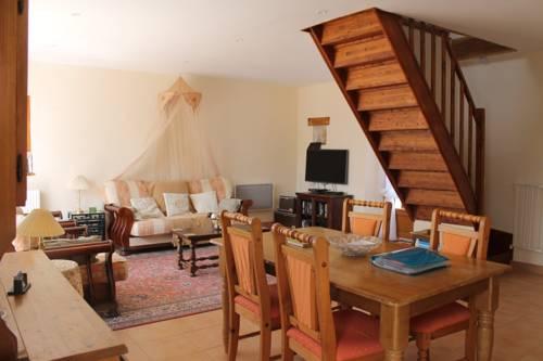 La Cerniére : Guest accommodation near Auverse