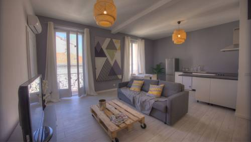 Apartment Bd Carnot : Apartment near Cannes