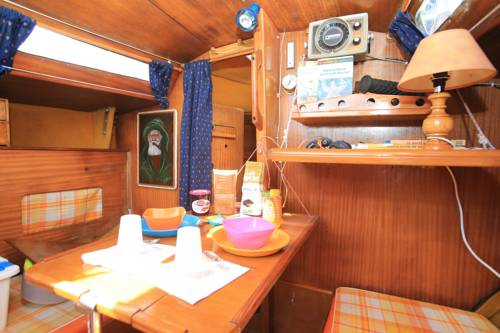 Bed on Boat : Guest accommodation near Douarnenez