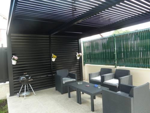 Coquet Appartement : Apartment near Bondy