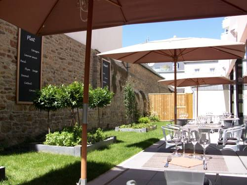 Best Western Plus Hôtel Vannes Centre Ville : Hotel near Vannes