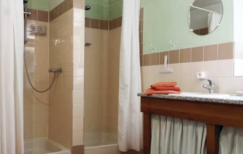Holiday home Maison Neuve H-612 : Guest accommodation near Bars