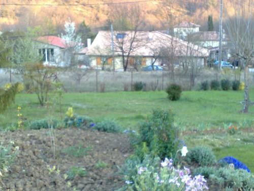 Ferme des années dix-huit-cent : Guest accommodation near Aubiac
