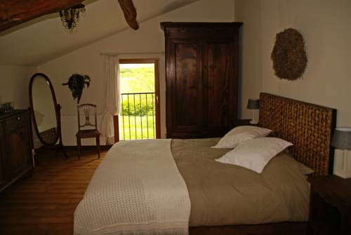 Domaine Ramonjavel : Bed and Breakfast near Sainte-Livrade-sur-Lot