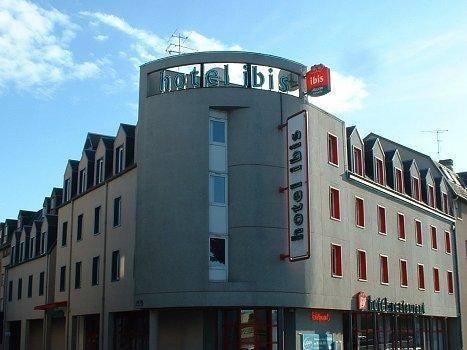 ibis Montluçon : Hotel near Désertines