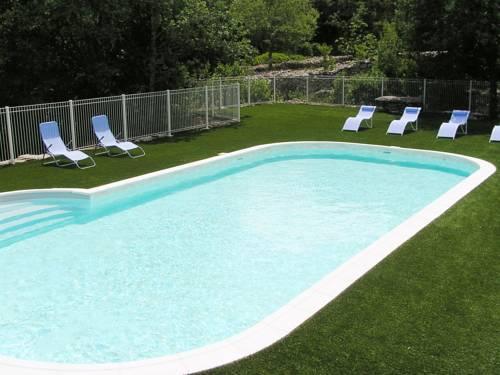 Gîtes des Campanes : Guest accommodation near Saint-Alban-Auriolles