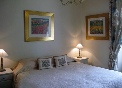 Le Moulin de Luhan : Bed and Breakfast near Bignan