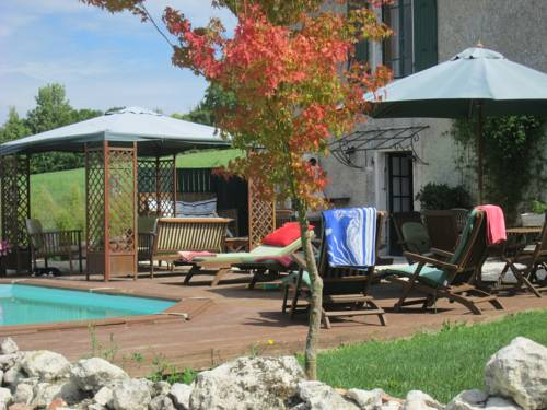 Le Petite Laviore : Bed and Breakfast near Allemans