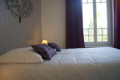 Citotel L'Orée Du Bois : Hotel near Fouesnant