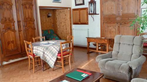 Les Grangiers : Guest accommodation near Montperreux
