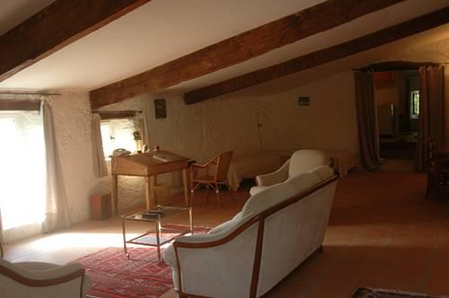 Château de Fontblachère XVIIe : Guest accommodation near Le Pouzin