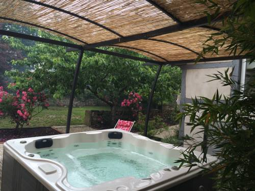 Gite La maison dans la ruelle : Hotel near Aveyron