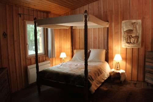 L'isba des bois, hors du temps : Apartment near Courson-Monteloup