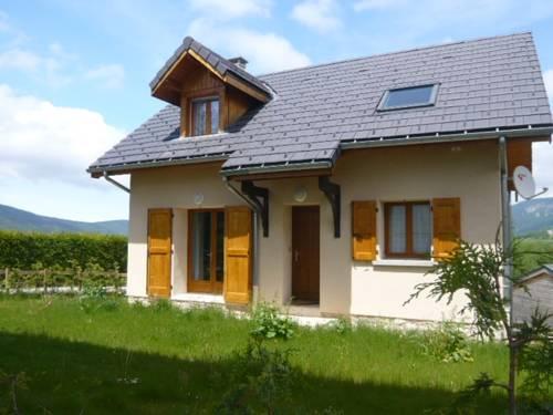 Maison du pré fleuri : Guest accommodation near Vif