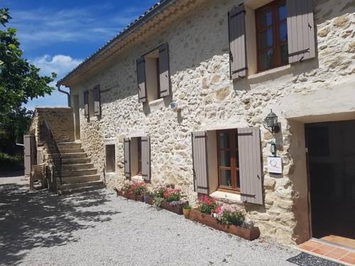 La Magnanerie : Guest accommodation near Villeneuve