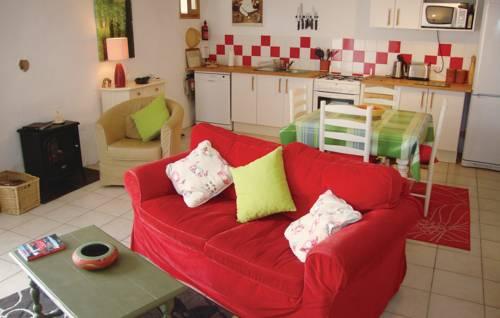 Holiday home Cami de la Ribere En Close O-799 : Guest accommodation near Corneilla-de-Conflent