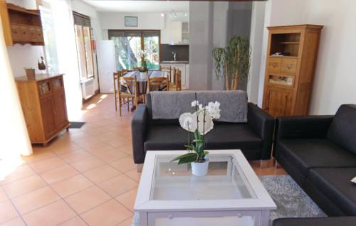 Holiday home Fayolle H-603 : Guest accommodation near Annesse-et-Beaulieu